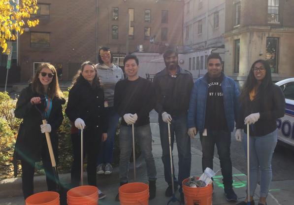 Kivuto Employees Cleaning The Capital in Ottawa